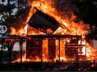 Житель Ижевска предстанет перед судом за поджег дома своего соседа