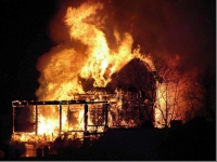 В Удмуртии произошло возгорание деревянного дома